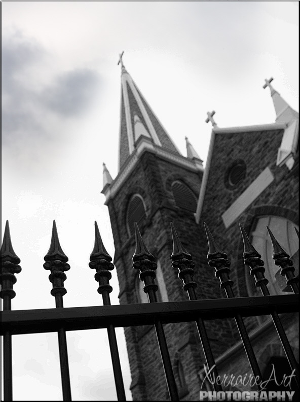 Different angle of the church in Harpers Ferry in Black and White